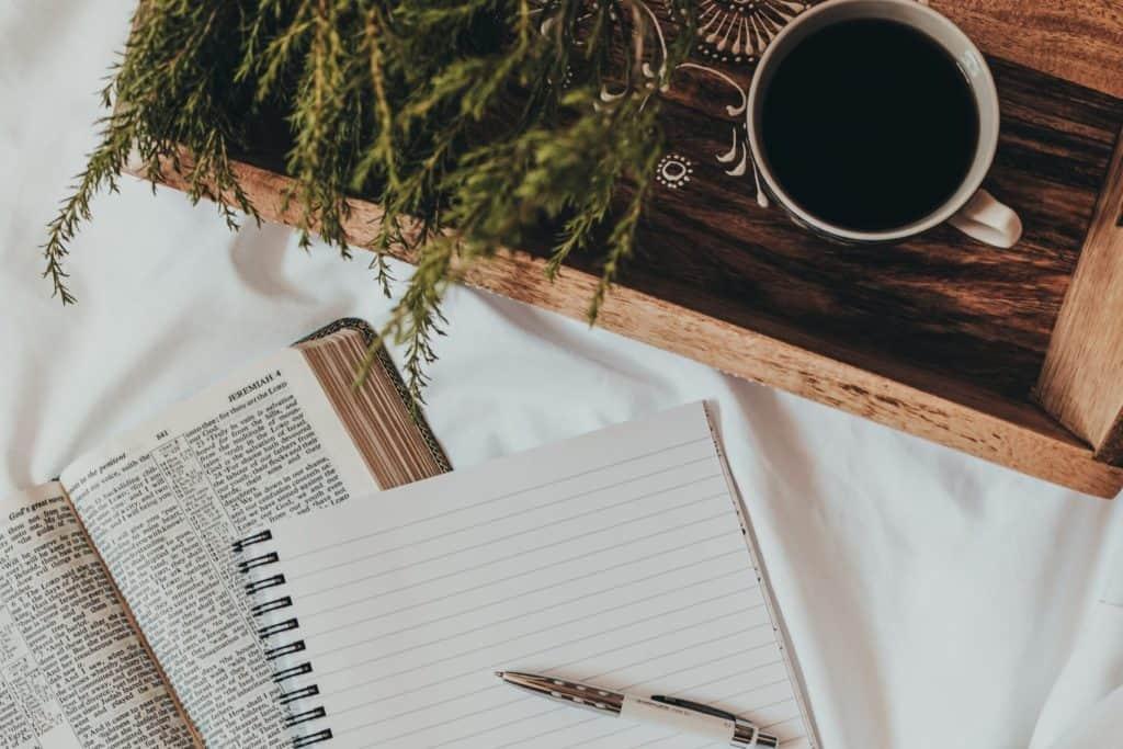 Building prayer habit with faith journal